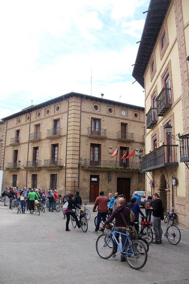 Ciclistas por la calle