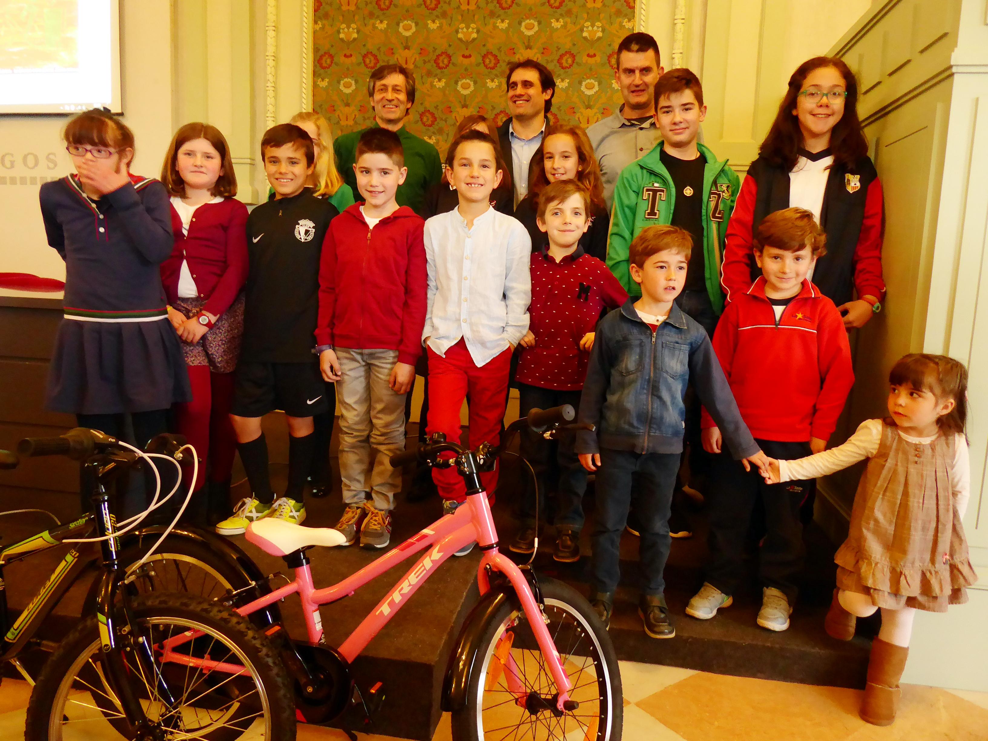Ganadores 10 concurso de dibujo de Burgos Con Bici
