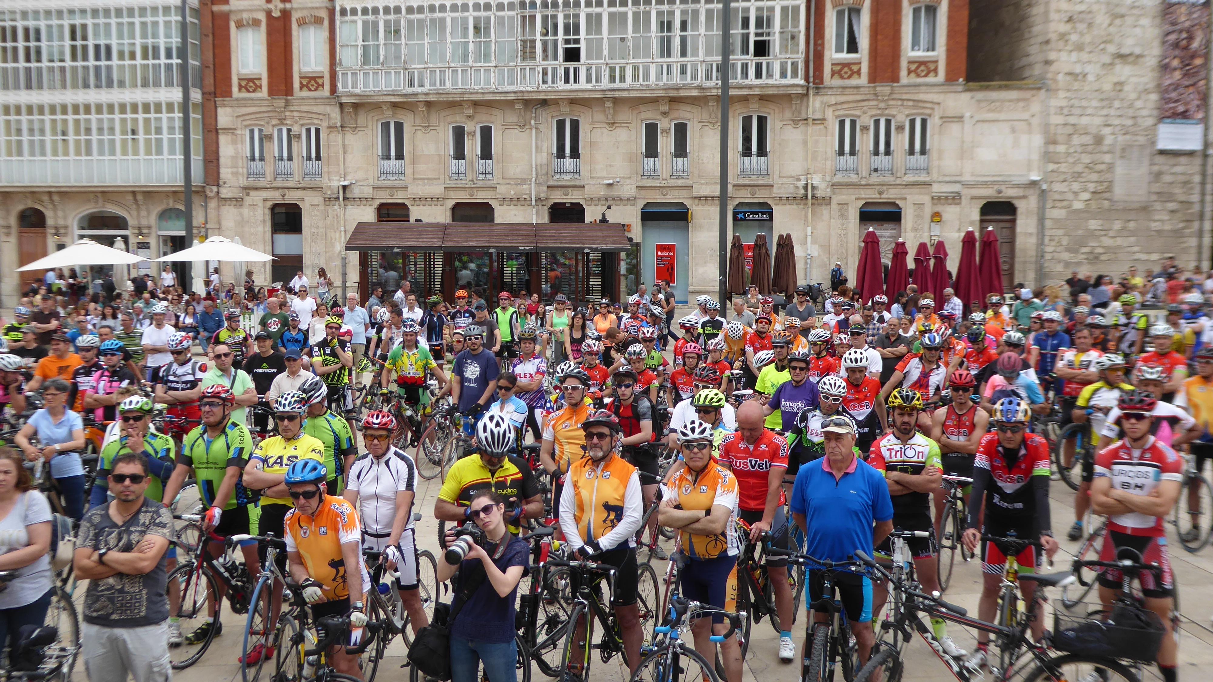 Cartel. Concentración. No + ciclistas muertos. 28 mayo 2017. 13:00 horas