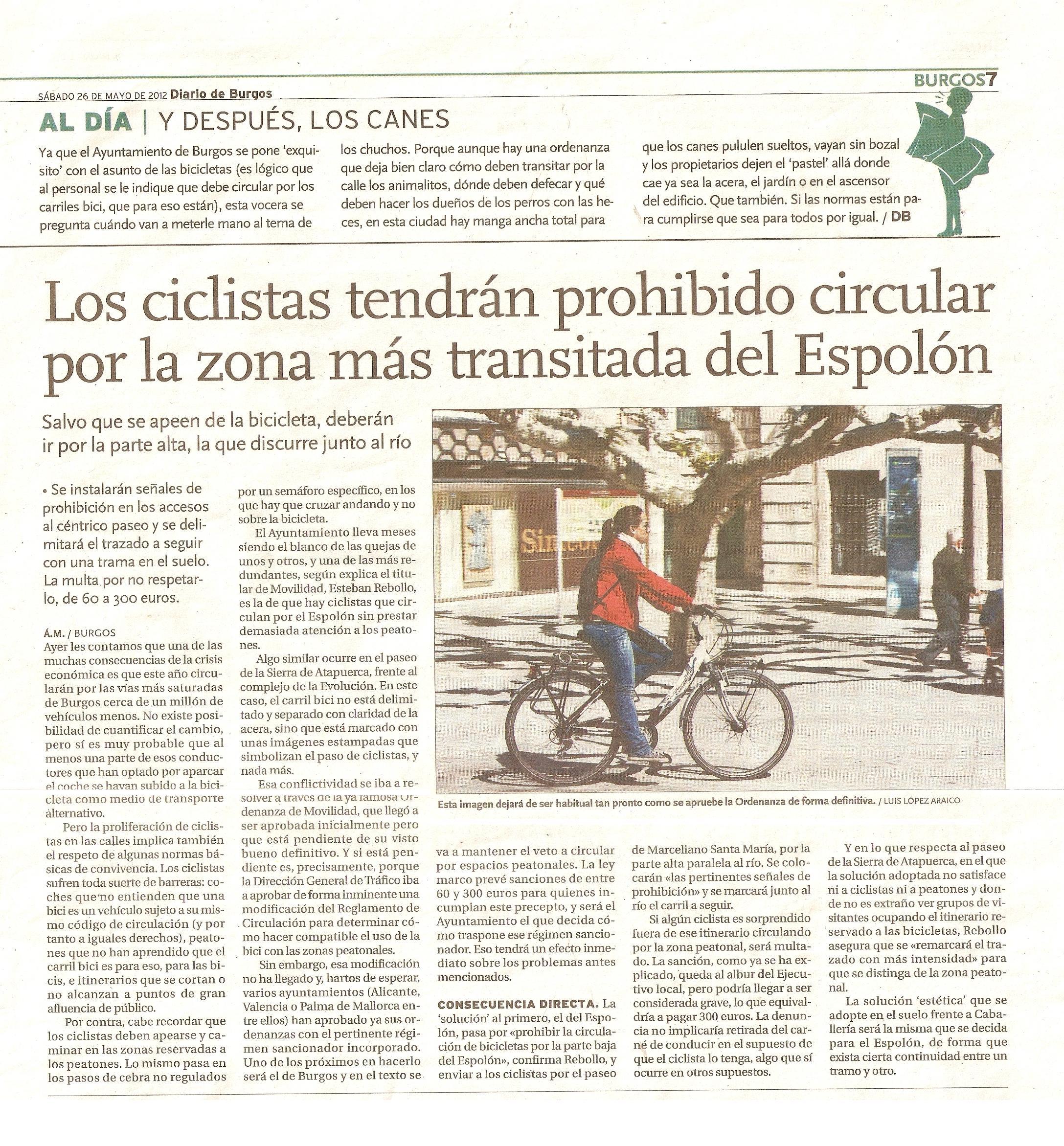 20120526 DB Prohibido en bici en el Espolón