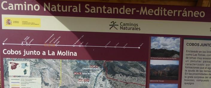 Cartel anunciador del Camino Natural Santander Mediterráneo